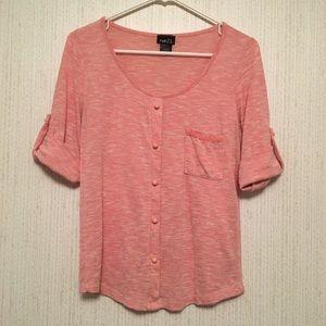 Coral/Peach Top 💕